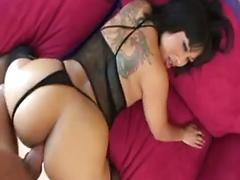 Babe dragon lilly gets an interracial anal