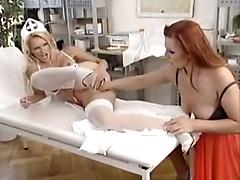 Two german milfs using there fists