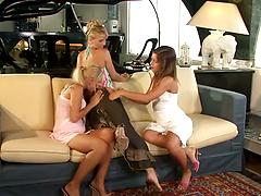 Three light-minded lesbian sluts fuck each other to achieve orgasm