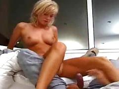 Amateur 18 year old blonde fucking